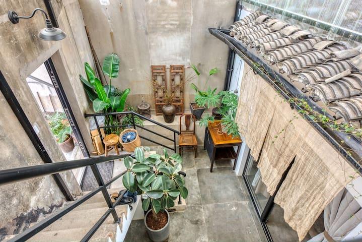 【栖息谷】南长街/南禅寺/复古风跃层三居