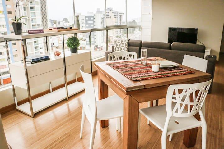 Miraflores Exclusive 95 square meters Apartment