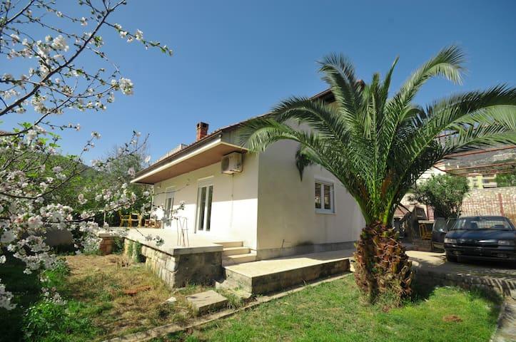 House Vesna - Budva - Casa