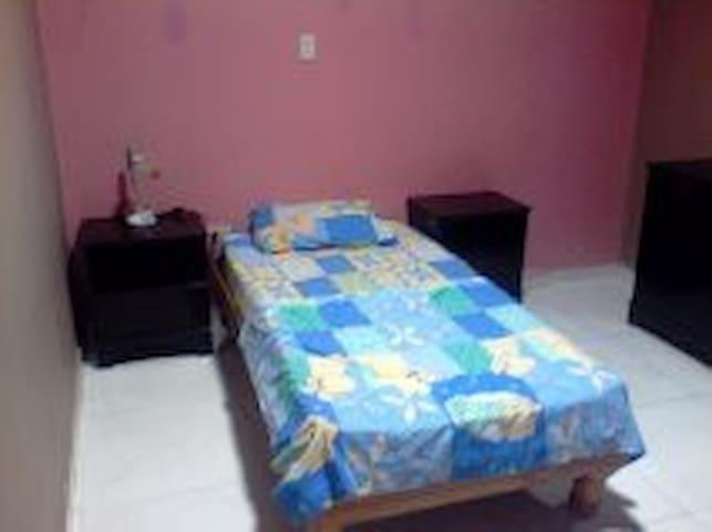 Tu Casa en Guayana, te sentiras en tu hogar - Guayana City - Hus