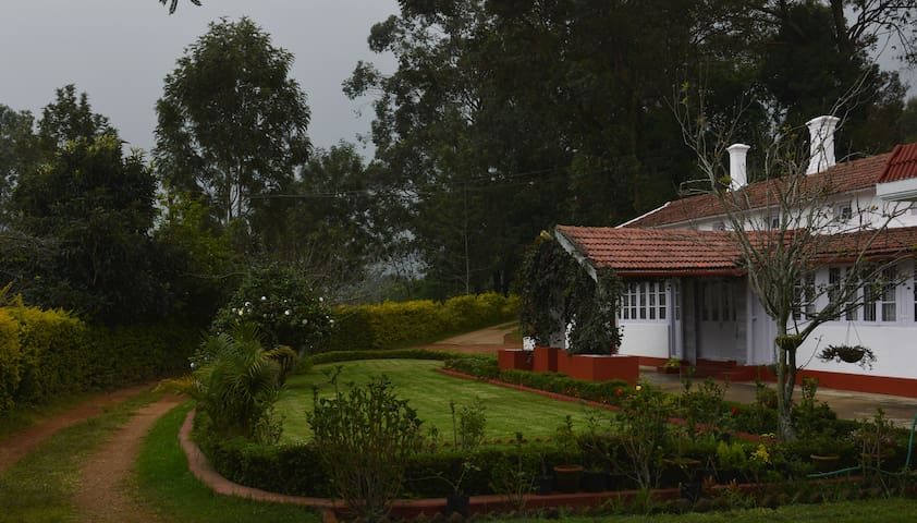 PEAK VIEW COTTAGE - Kotagiri