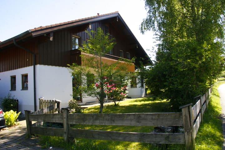 Ferienwohnung in ruhiger Lage - Holzkirchen - Casa de vacances