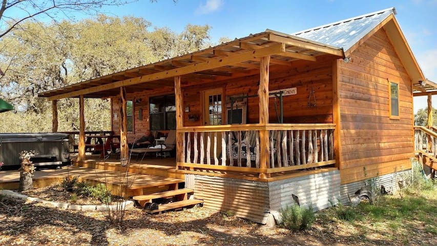 Kat's Kabin at Four Sisters Ranch - Utopia - Cabin