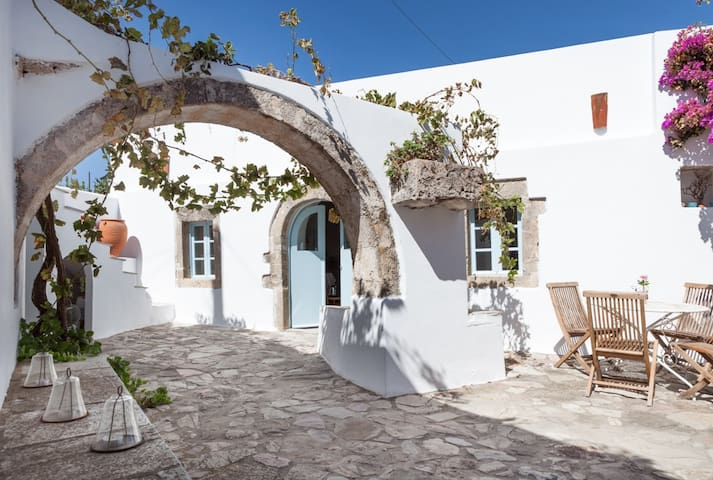 Magical centuries-old house sleep10 - Milopotamos - House