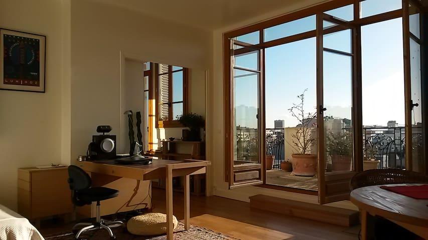 40m2 lumineux avec terrasses et vue