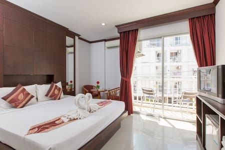 the more reviews, the more sure  :)  see u soon :) - Patong - Chambres d'hôtes