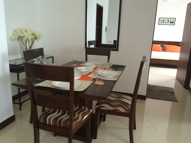 Colombo deluxe serviced apartments - Colombo - Apartment