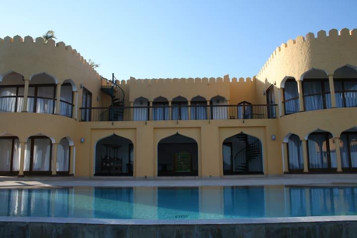Luxury golf and beach home in Kenya - Vipingo Ridge - Дом