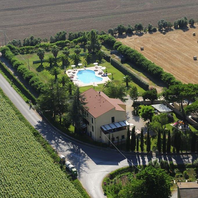 Casa vacanze la cuccumella appartamenti in affitto a for Casa vacanze milano