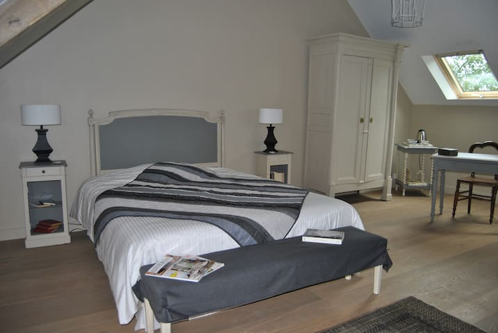B and B - KER LIVIOU Chambre Sable - Lancieux - Bed & Breakfast