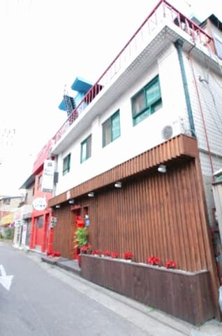 Naru hostel for group tourist(10+rooms,20+stay)