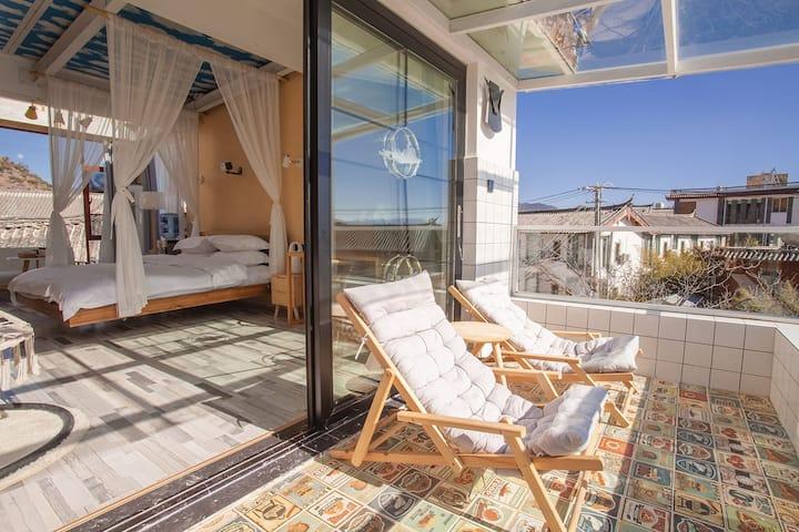 丽江 •Star Room1  带阳台观景  立式空调  浴缸  智能家具  智能马桶   吊床