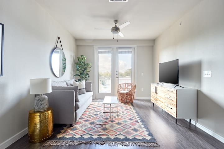 Sonder | Southtown Apartments | Chic 1BR + Gym