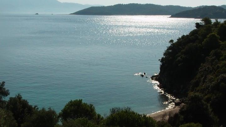 Beautiful Villa with private beach
