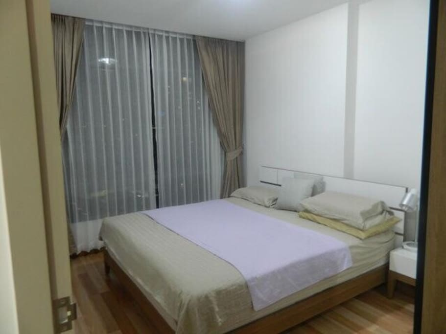 Bed room king size!!with furniture