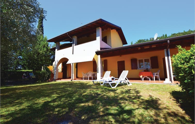 Holiday apartment with 2 bedrooms on 75m² in Manerba del Garda VR