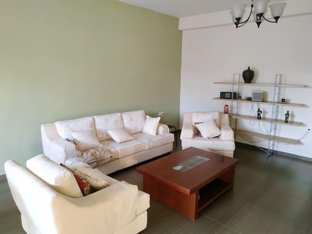 Pantazopoulou sq. Apartment Larissa Station Metro