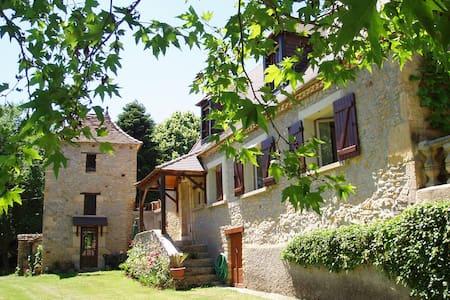 Maison en pierre du Périgord
