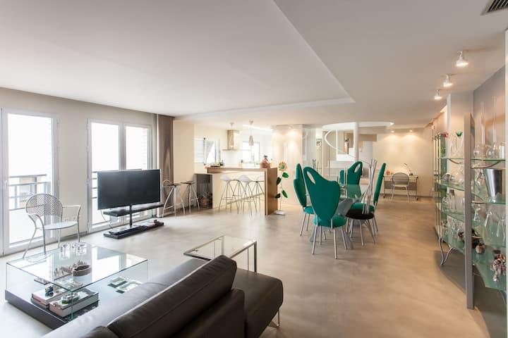 Attic+center+quiet+luxury=Perfect!!