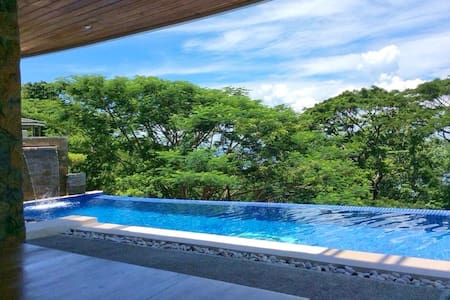 Beautiful 4 Bedroom Beach House - Nasugbu - Casa