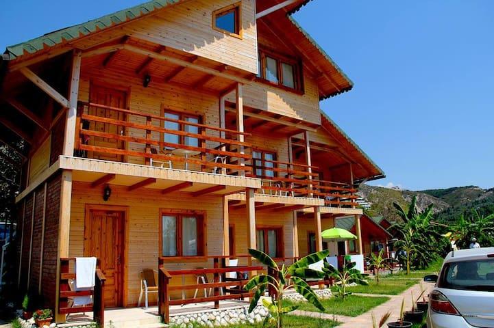 Vila druri Dhermi - Dhërmi - Casa de campo