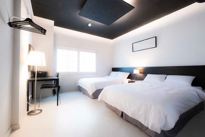 럭셔리 트리플룸 (3인실)