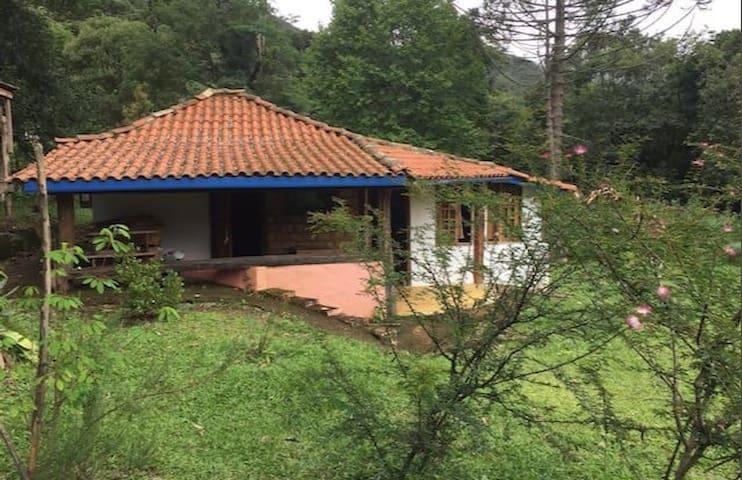 Chalézim no Paradisíaco Matutu - Aiuruoca - House