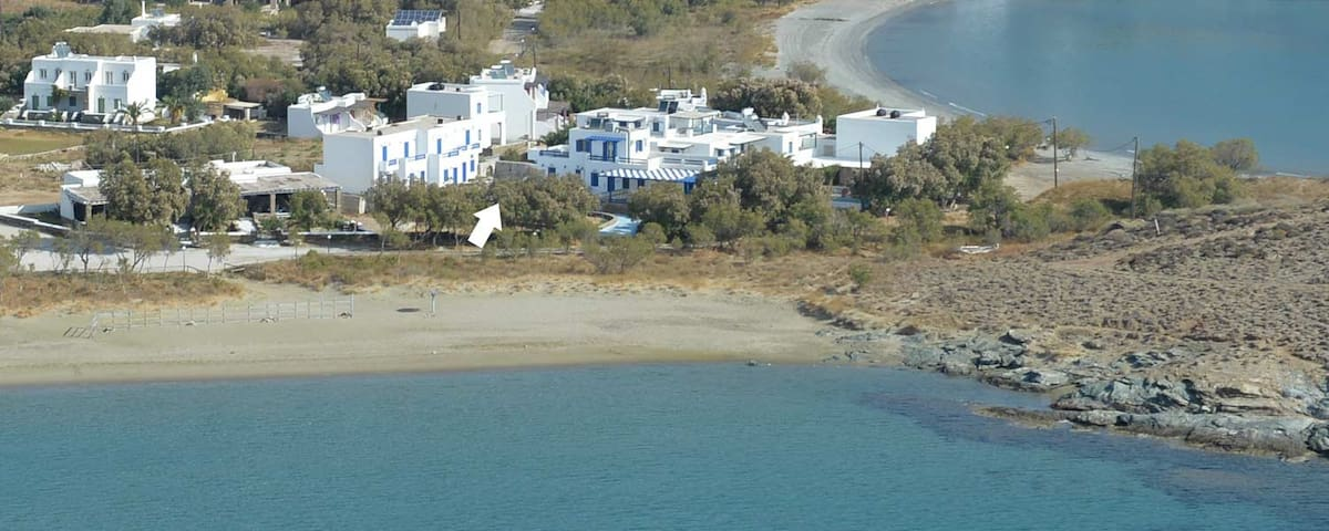 Beachfront studio - Tinos - Apartment