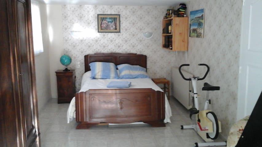Appartement à Montgailhard 09