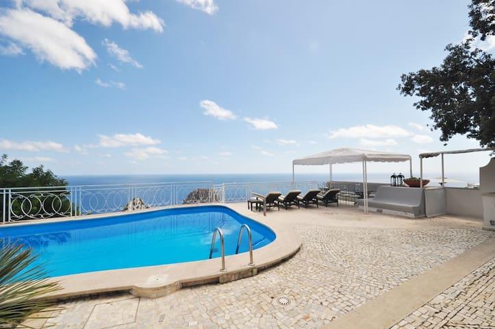 Villa con piscina vista Faraglioni - Capri - Villa