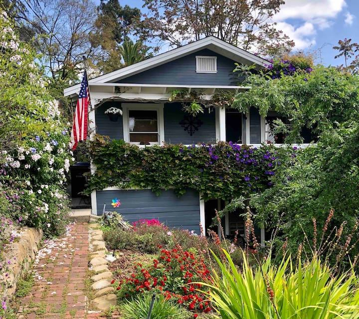 Cozy vine-covered 1920's Cottage Style House