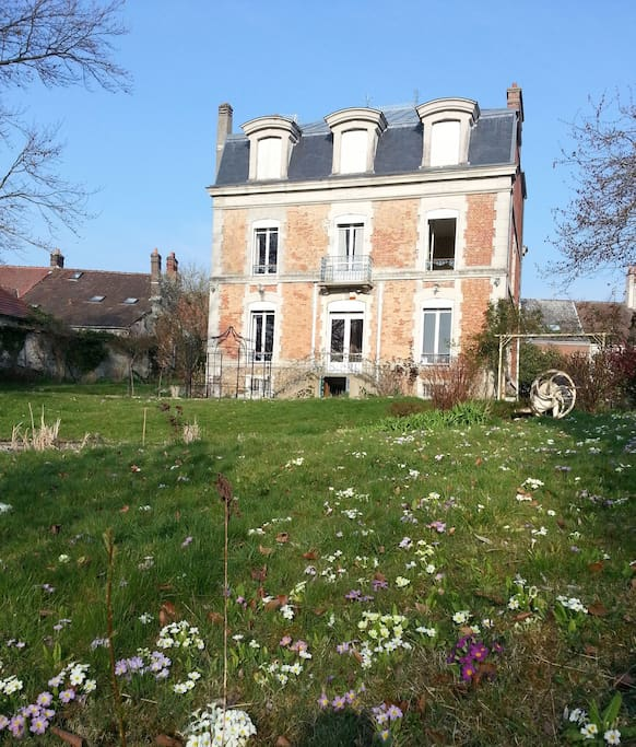 The mansion - view from the garden