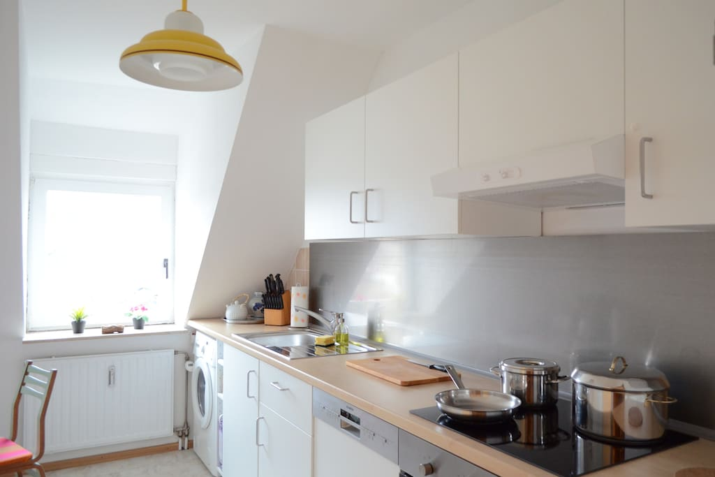 Bright, modern and comfortable, fully equipped kitchen.