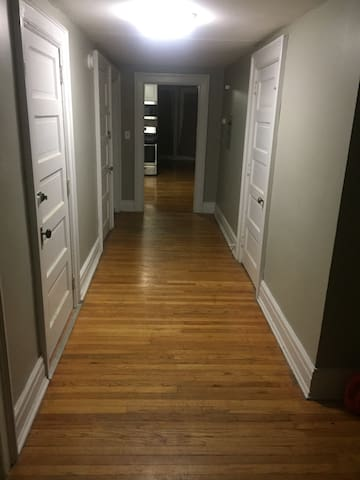 190 2ndave apartment ROOM for rent❗️ Great PRICE❗️