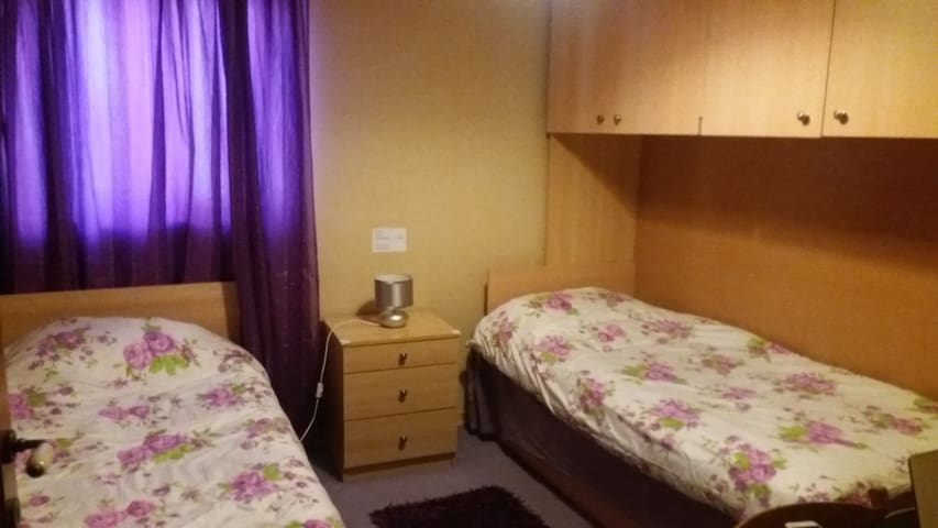 A Pleasant Room in Birkirkara - Birkirkara - Bed & Breakfast