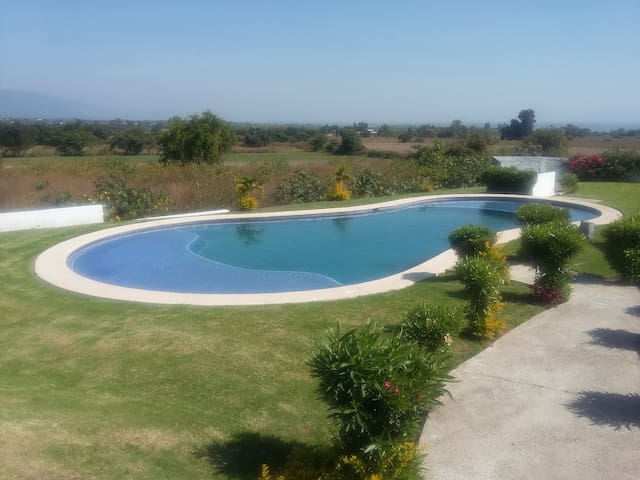CASA RESIDENCIAL RENTA VACACIONAL EN CHAPALA - Chapala