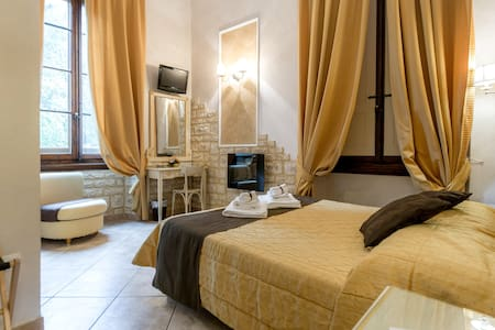 Double Room with Private Bathroom - Firenze - Bed & Breakfast