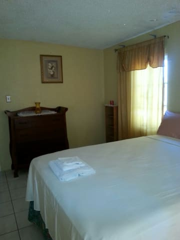 Guestrooms at Danishie's Place  #1 - Spanish Town - Bed & Breakfast
