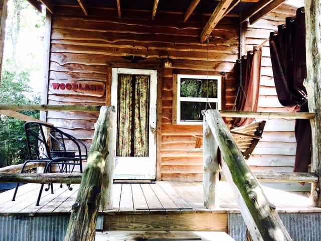 The Woodland Cottage near Brenham, Texas - Brenham - Kisház