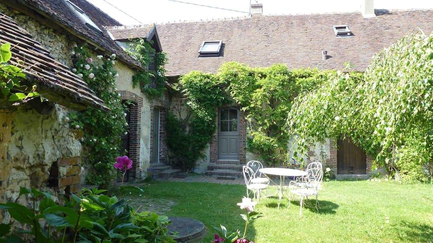 Maison de charme dans le Perche - Marchainville - Casa