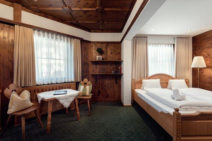 Die feine Herberge - Family room with terrasse