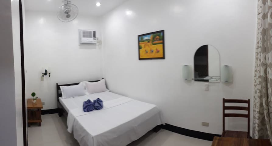 Clean Room, AC Hot&Cold Shower - Town
