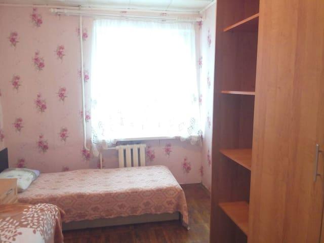 Сдам 3-х комнатную мебелированную квартиру