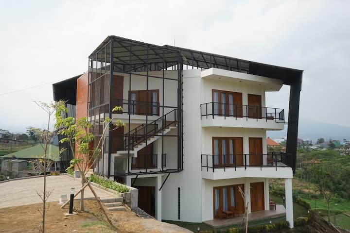 Villa Insani Batu Diponegoro 99 A (Ground Floor)