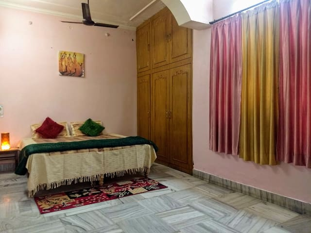 Homely stay near Triveni Sangam in Allahabad