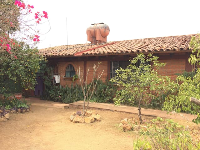 Colibrí is your cozy home - Oaxaca - Haus