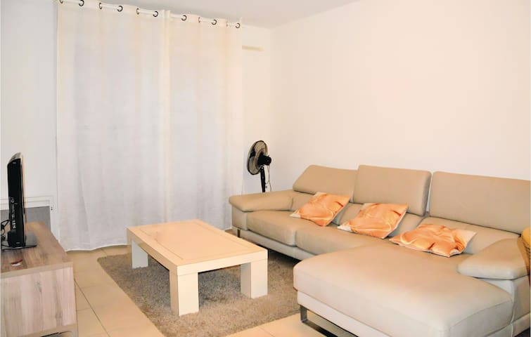 Holiday apartment with 2 bedrooms on 80m² in Marseille