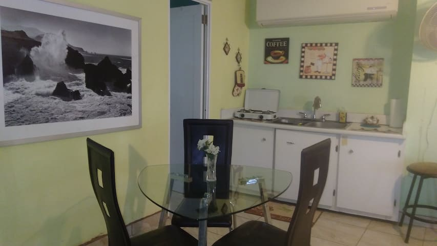 Studio apartment in la Isla del Encanto!!!