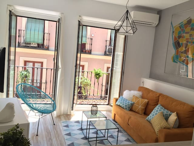 Beautiful Architect flat in the Heart of Madrid !