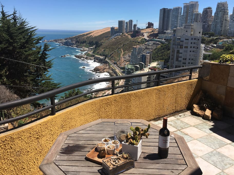 Gran Terraza. Oceanview to enjoy a nice Carmenere Chilean wine and a Pacific ocean sunset